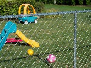 playground com tela alambrado